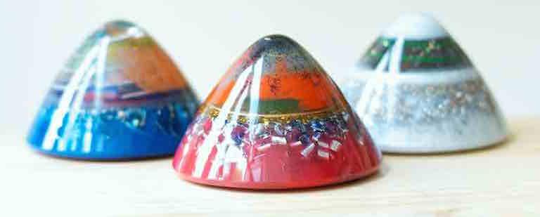 Orgone Giftshop Orgone Pyramides